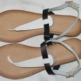 Босоножки сандали Next размер 41, босоніжки сандалі