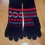 Красивые перчатки с узором, на женскую небольшую руку или девочку подростка.