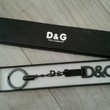 Продам бролок фирмы D&G оригинал
