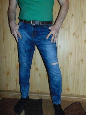 Стильние брендовие брюки джинси скини F&F .л .34