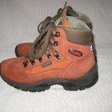 Ботинки термо Olang c мембраной Tex Румыния 36-37 размер по стельке 23,5 см.Кожаные. Симпатичные, ле