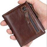 Тонкий мужской кошелек. Мужской кожаный портмоне на кнопке Ек44