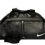 Вместительная спортивная сумка Nike