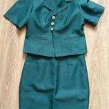 Поделиться Костюм,юбка пиджак р.36,на бедра 90-92 см.