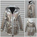 Куртка,плащ, ветровка демисезонная на тонком синтепоне для маленьких модниц.Серебро.Р-р 4-12.Венгрия