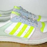 Кроссовки Adidas. 40,7 размер. 26 см