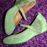 40 разм. Оригинал туфли Think. Замша, внутри кожа Длина по внутренней стельке - 26,5 см., ширина