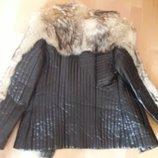 Стильная кожаная стеганая курточка