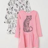 Очень красивый набор платьев H&M .Цена за 2 шт.