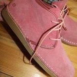 39 разм. Стильные ботинки Skechers. Замша 26,5 см. стелька длина по внутренней стельке - 26,5 см.,