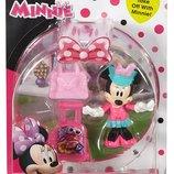 Fisher-Price Disney Pilot Minnie Минни пилот с чемоданом