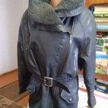 продам утепленную кожаную куртку