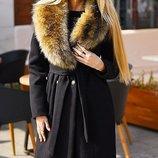 Женские пальто, ворот енота