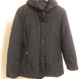 Цену снизила Фирменная приталенная черная демисезонная куртка пуховик gerry weber