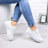 Женские белые кроссовки криперы