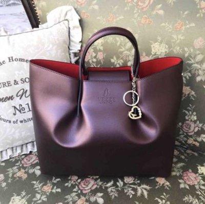 46010699b6c7 женская кожаная итальянская сумка Vezze 2200 грн сумки средних