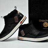 Красивые демисезонные ботинки Skechers. р. 30 - 19,8 см.