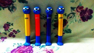 Силіконові яскраві палички для ігор у басейні Zoggs Seal Dive Sticks.