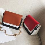 Модная двухцветная сумка-сундучок на цепочке В Наличии