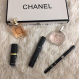 Набор Chanel духи,помада,тушь и карандаш.