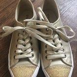 Стильные кеды heavenly feet золотистого цвета новые