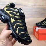 Кроссовки женские Nike TN Plus black/gold