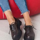 Туфли закрытые на платформе из натуральной кожи/замши