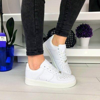 Женские белые кроссовки NIke Air Force