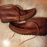 Кожаные демисезонные ботинки Clarks