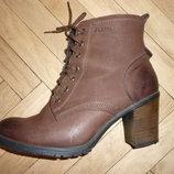 Демисезонные ботинки р 39 из нубука натуральная кожа