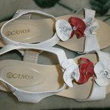 Босоножки, сандали новые