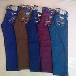 В наличии темно- синие джинсы 9-12 лет. Турция