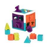 Развивающая игрушка-сортер - Умный Куб 12 форм