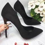 Черные замшевые женские классические туфли лодошки