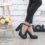 Кожаные туфли с ремешком.37р.