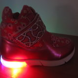 Акция Новые с мигалками демисезонные ботиночки черевички кроссовки для девочки малиновые 22-27р.