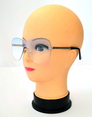 Женские солнцезащитные очки 7018