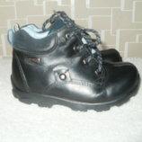 Отличные демисезонные ботиночки Elefanten р-р 24, стелька 15,5см