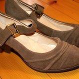 39 разм. San Marina туфли, стелька 25,5 см. Замша снаружи, кожа внутри. Длина по внутренней стельк