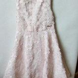 Choupette.Платье нарядное, розовое с объемными цветами.