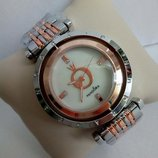 Часы Pandora с вращающимся циферблатом Пандора