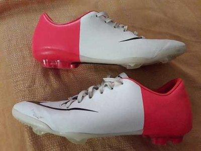 58a0d2fe Кожаные фирменные бутсы копочки Nike Mercurial р.35-21.5см.: 155 грн ...