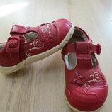 кожаные туфельки, туфли clarks 5 F 22р