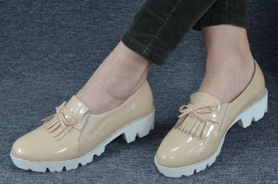 Шикарные Туфли Карамель-Беж-Лак и Белые На Белой Платформе Польша