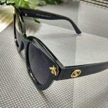 Модные солнцезащитные очки Гучи