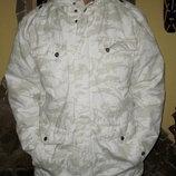 Утепленная куртка Urban Surface.на синтепоне ,не тонкая средней толщины подойдет на не большой мороз
