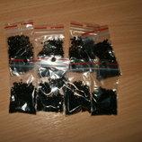 Бисер чёрный в пакетиках