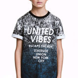 Очень красивые и качественные футболки футболки от H&M.