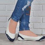 Балетки мокасины женские кожаные Скетчерс белые с синим Турция
