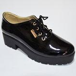 Стильные туфли-ботинки из натуральной кожи.